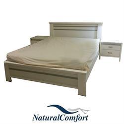 מיטה זוגית + זוג שידות לילה